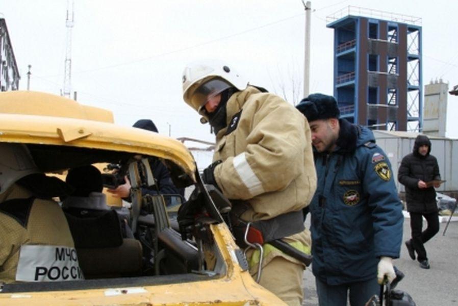 В Чечне определили лучшую пожарно-спасательную часть по ликвидации последствий ДТП