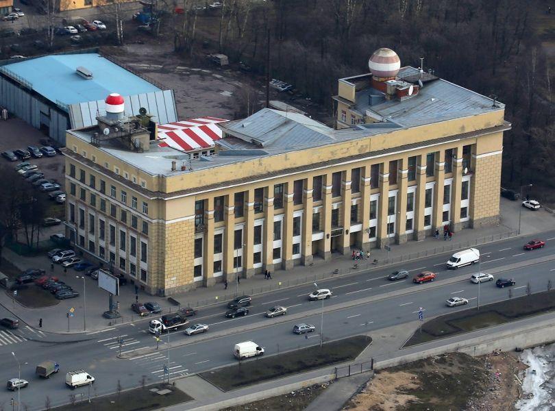 Гидрометцентр предупредил о сильном ветре и пыльной буре на юге России