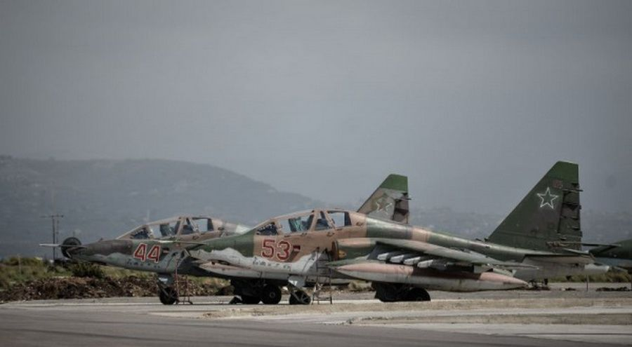 СМИ рассказали, кто атаковал российские базы в Сирии