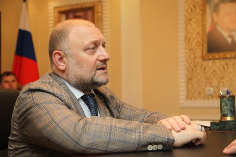 Джамбулат Умаров осудил расистскую рекламу компании Н&М