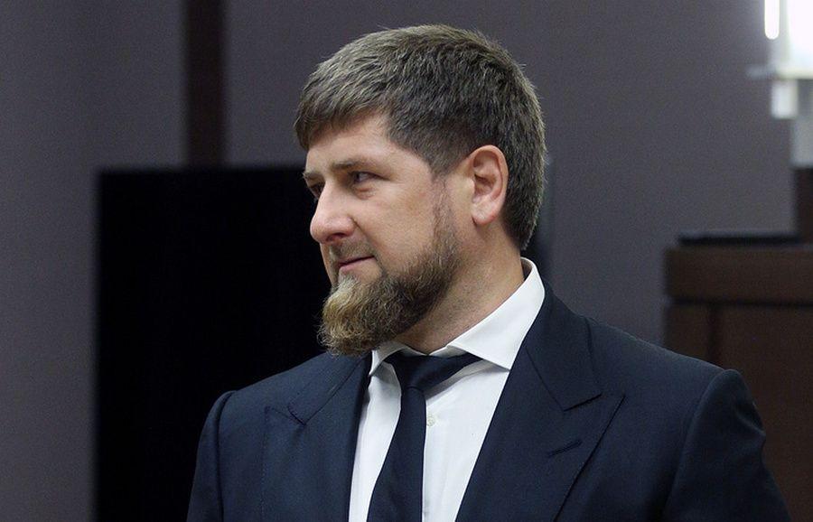 Кадыров желает уйти вотставку споста руководителя Чечни