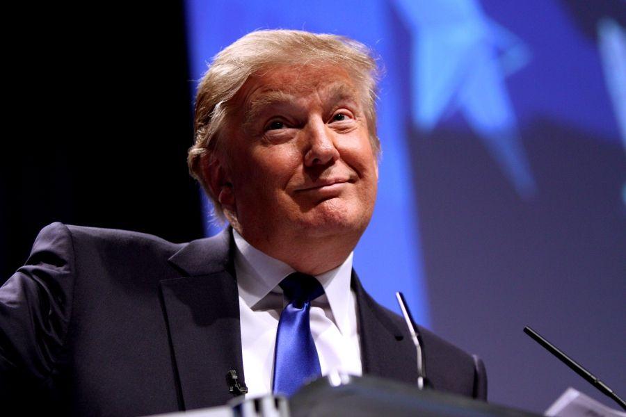 """Трамп заподозрен в стремлении сделать Россию """"снова великой"""""""