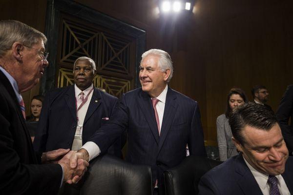 Слушания по утверждению Тиллерсона на пост госсекретаря США длились более девяти часов