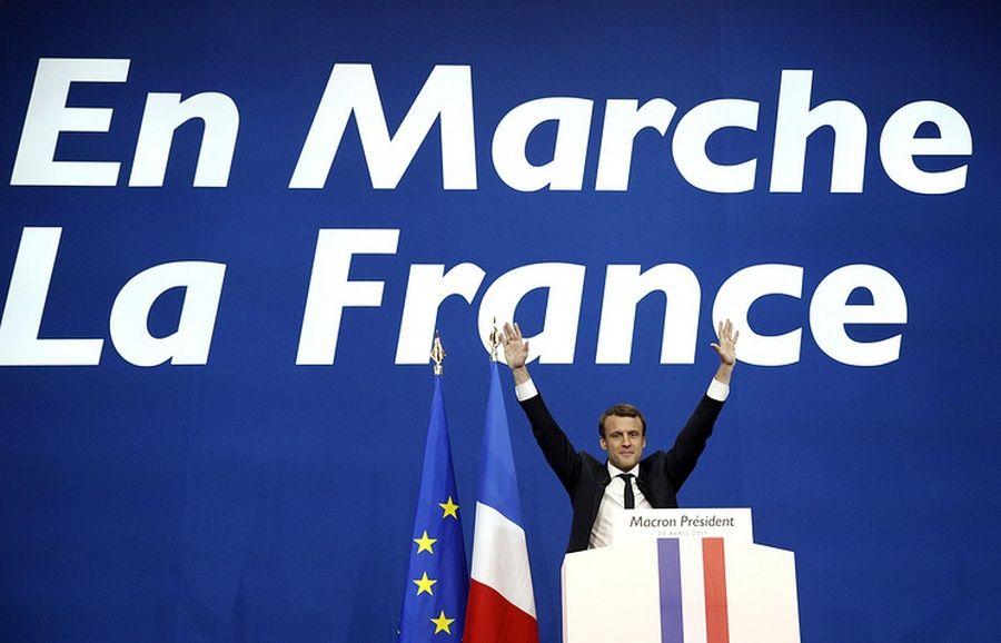 Макрон лидирует после обработки 92% бюллетеней навыборах воФранции