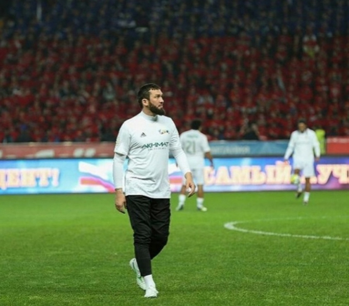 Футболисты «Ахмата» во главе с Магомедом Даудовым поддержали эстафету «ВыборЧемпионов180318
