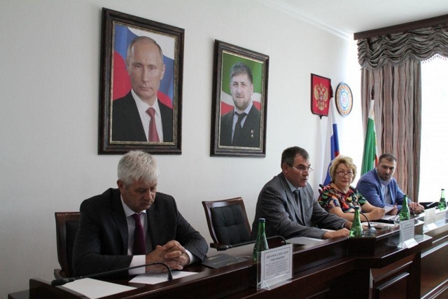 В Грозном обсудили эффективность охраны культурного наследия субъектов РФ