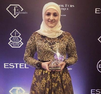 Дочь Кадырова удостоилась фэшн-премии в столице России