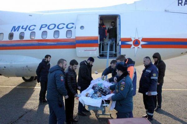 МЧС: Девушка с сильными ожогами  доставлена в Новгород