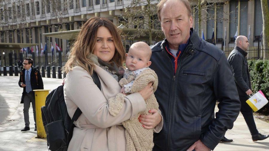 Посольство США заподозрило в терроризме трехмесячного ребенка