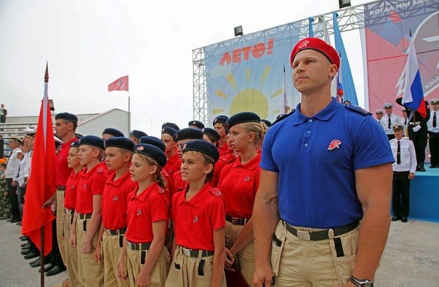 Законопроект о патриотическом и духовном воспитании в РФ внесли в Госдуму
