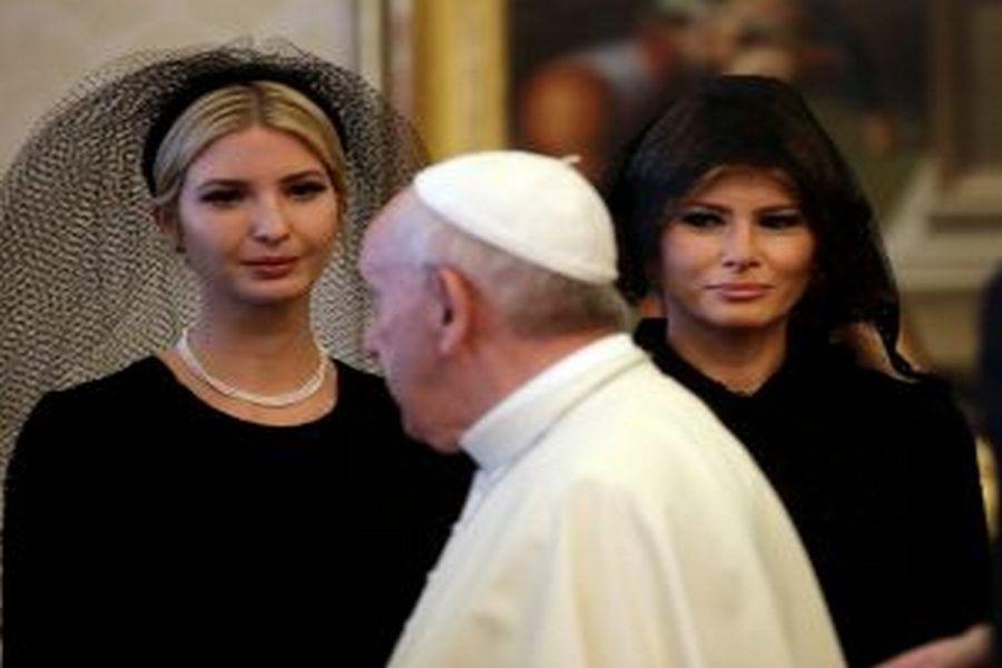 Супруга и дочь Трампа покрыли голову только при встрече с папой Римским