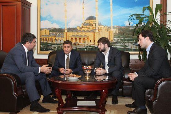В Грозном обсудили вопросы привлечения инвестиций в сфере строительства и ЖКХ