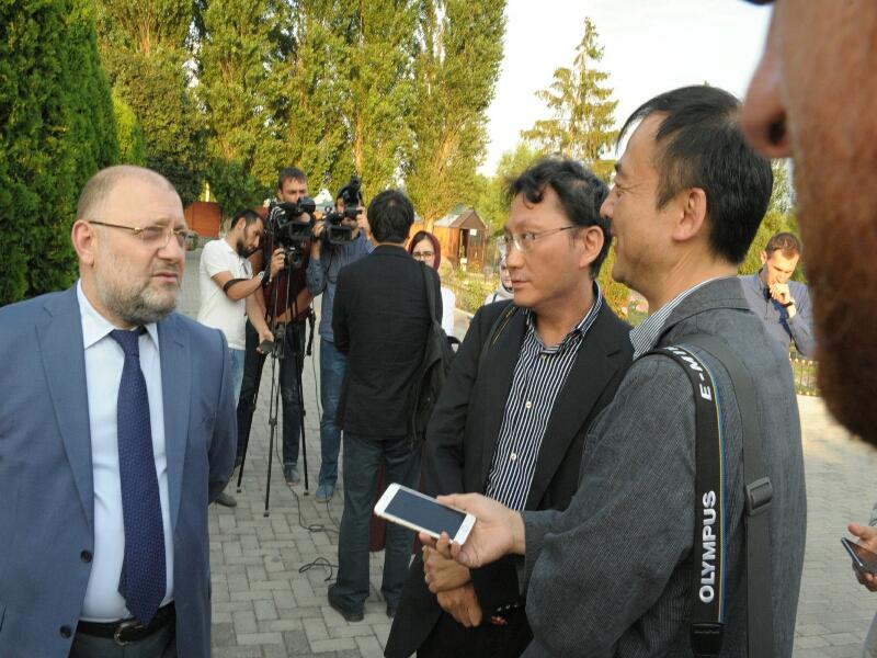 В Грозный прибыли иностранные журналисты и сотрудники МИД России