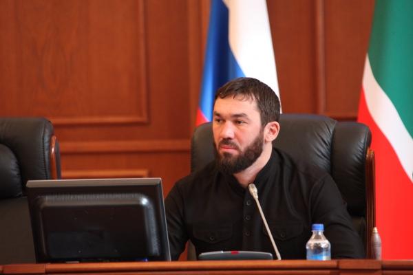 Председатель Парламента ЧР вошел в ТОП-10 медиарейтинга глав законодательных органов субъектов России за 2016 год