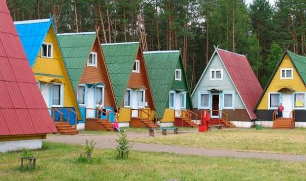 Строительство детского оздоровительного лагеря в Сержень-Юрте близится к завершению