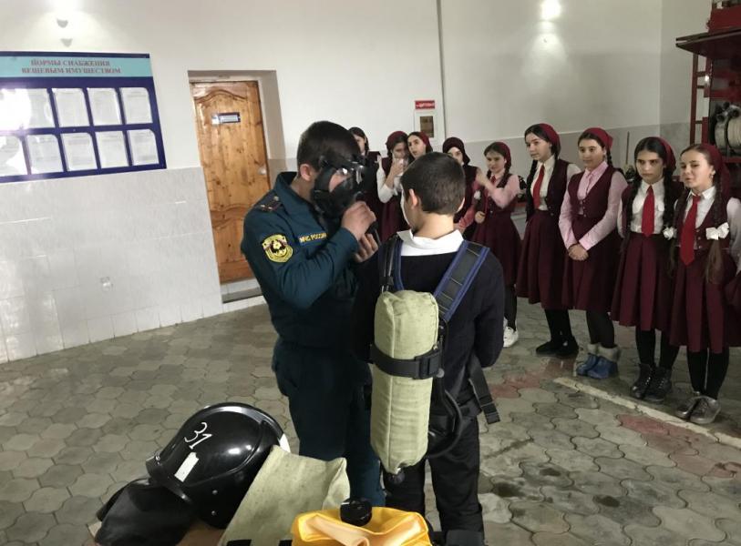 Год культуры безопасности: в Чечне обучают население действиям при различных происшествиях
