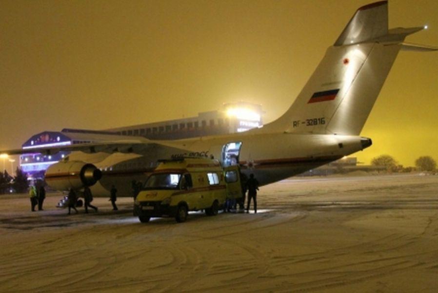 Чеченскую девочку с37% ожогов доставили спецбортом МЧС вНижний Новгород