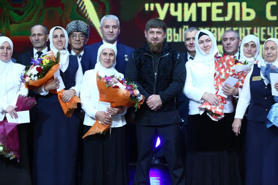 Надень рожденья В.Путина Кадыров сыграет вфутбол против итальянцев