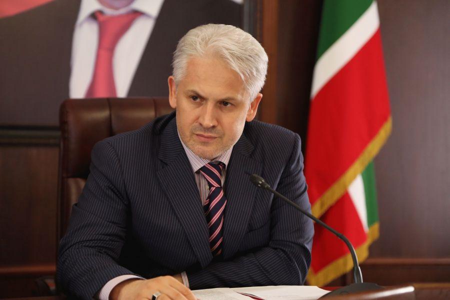 Муслим Хучиев вошел в тройку первых лиц СКФО
