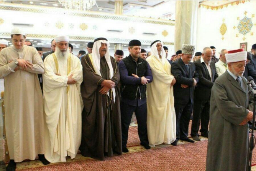 """Р. Кадыров:""""Выражаю уверенность, что власти Иерусалима немедленно прекратят преследование муфтия и снимут ограничения на молитву в мечети"""""""