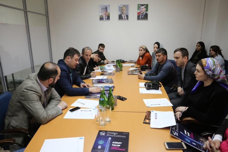 В Грозном состоялась встреча представителей ООО «СМАРТ БИЛДИНГ» с чеченскими журналистами