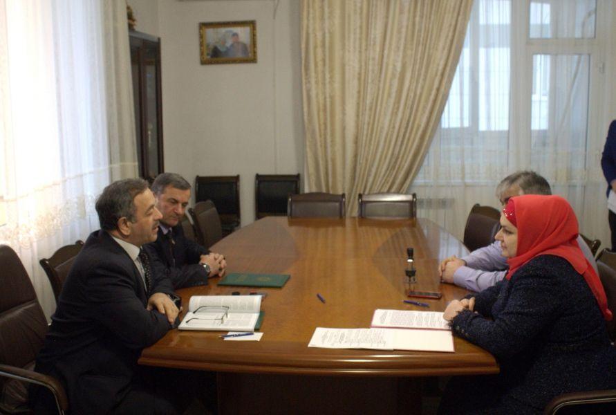Чеченский омбудсмен и Фонд социального страхования закрепили взаимодействие