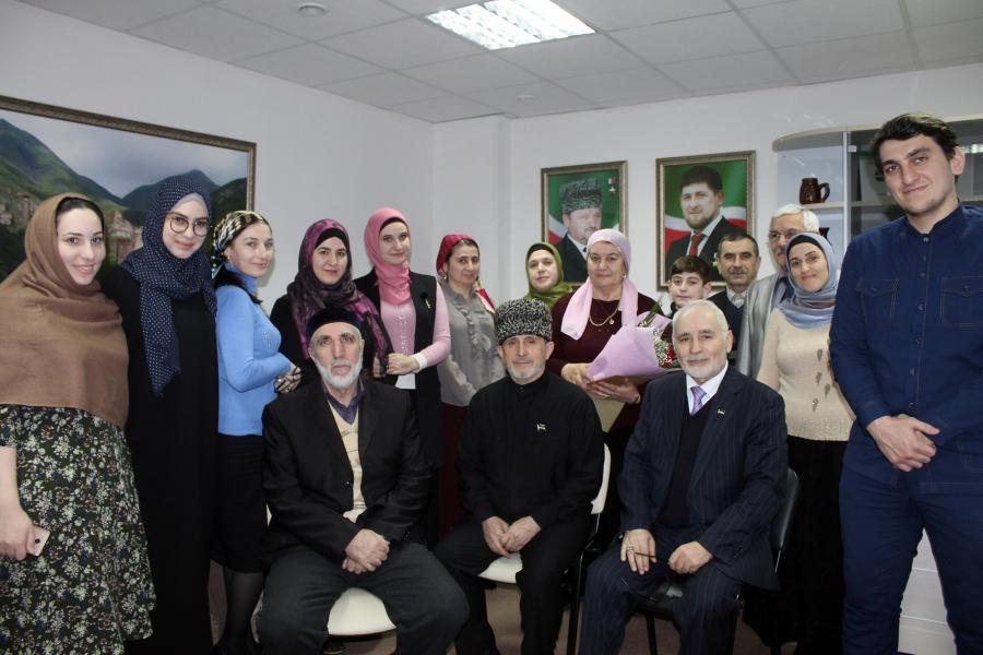 Общественная палата ЧР отметила труд творческих деятелей республики