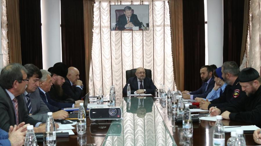 В Миннаце Чечни обсудили ход реализации проекта «Этно-Мир ЧР» и подвели итоги форума «Российский Кавказ»