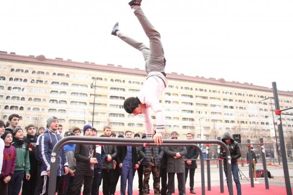 Сегодня в Грозном прошло открытие Workout – площадки