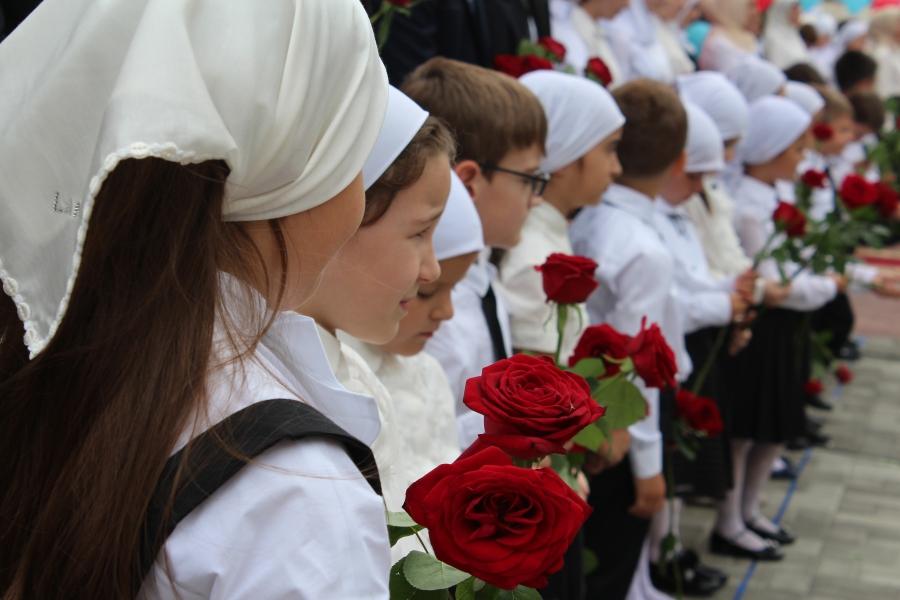 Депутаты предложили перенести начало учебного года на 1 октября