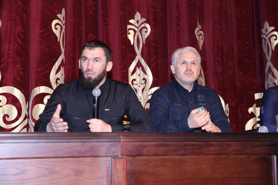 Магомед Даудов встретился с жителями Ленинского района столицы