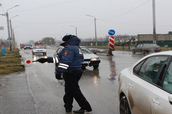 За езду без прав  жителю  Чечни пришлось  отработать  бесплатно месяц