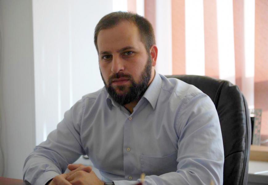 О жизненных ценностях, себе и предпочтениях, - директор ИА «Чечня Сегодня» отвечает на «Опросник Пруста»