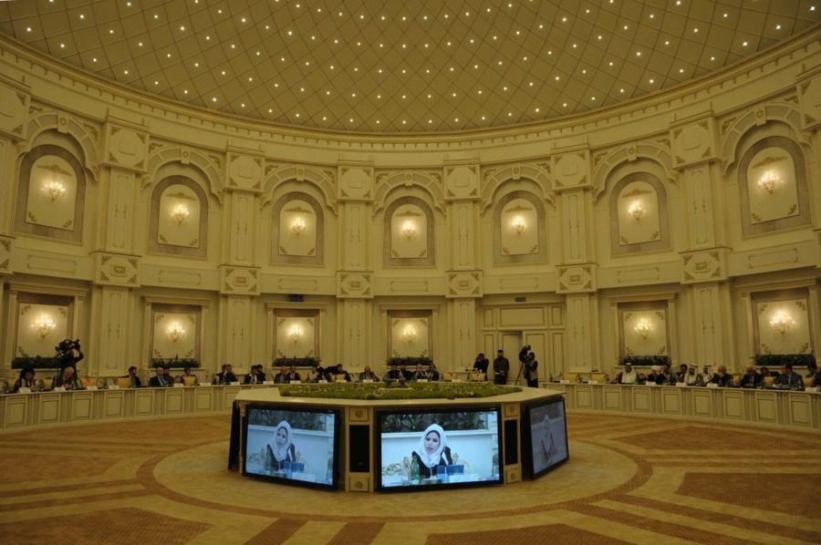 Группа стратегического видения «Россия-исламский мир» приняла резолюцию заседания в Грозном