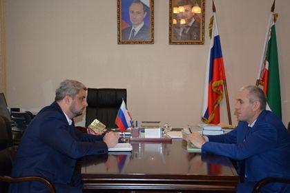 На фото:  Исмаил Байханов и Тимур  Алиев