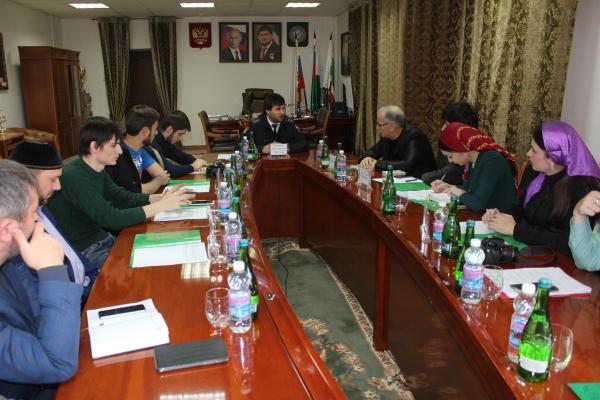 Главный судебный пристав Чечни встретился с представителями республиканских СМИ