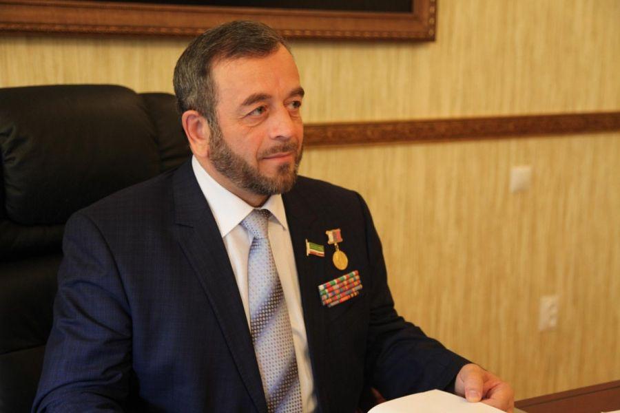 Н. Нухажиев: Ахмат-Хаджи Кадыров – политик и лидер новой формации