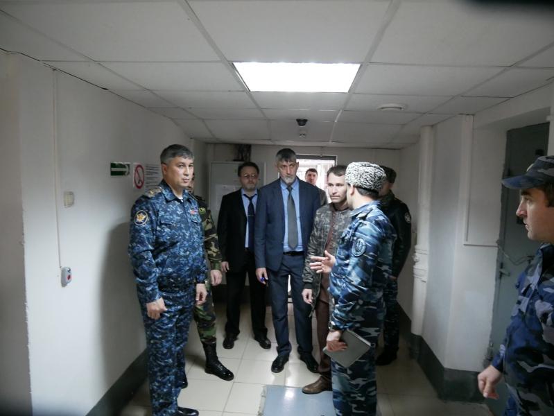Председатель Общественной палаты ЧР посетил СИЗО №1 Грозного