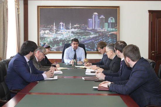В МЖКХ Чечни обсудили реализацию программы капитального ремонта многоквартирных домов