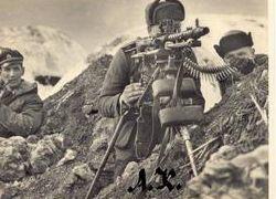 На Эльбрусе нашли останки 14 солдат