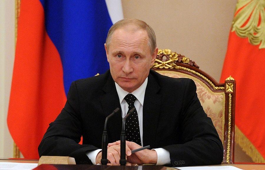 Путин призвал отличать тех, кто использует борьбу с коррупцией как саморекламу