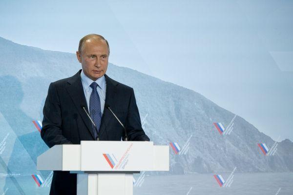 Путин: Опыт форумов ОНФ показывает, что такие встречи дают возможность выйти на содержательные решения