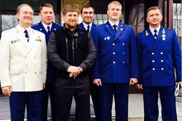 Рамзан Кадыров поздравил работников Прокуратуры РФ с юбилеем