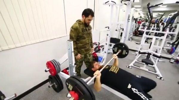 Рамзан Кадыров призвал не забывать дорогу в спортзал