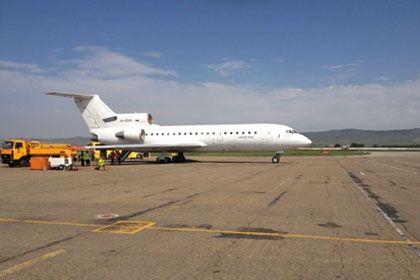 На фото: Самолет ЯК-42353