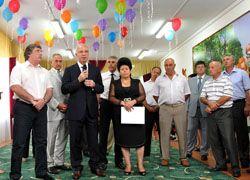 Аслан Тхакушинов посетил недавно открытый садик в ауле Шенджий