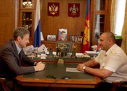 Губернатор Кубани Александр Ткачев провел рабочую встречу с новым начальником Краснодарской таможни Владимиром Данченковым.