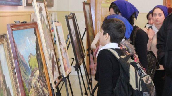 Сотрудники Аллеи Славы провели выездную выставку, посвященную году экологии