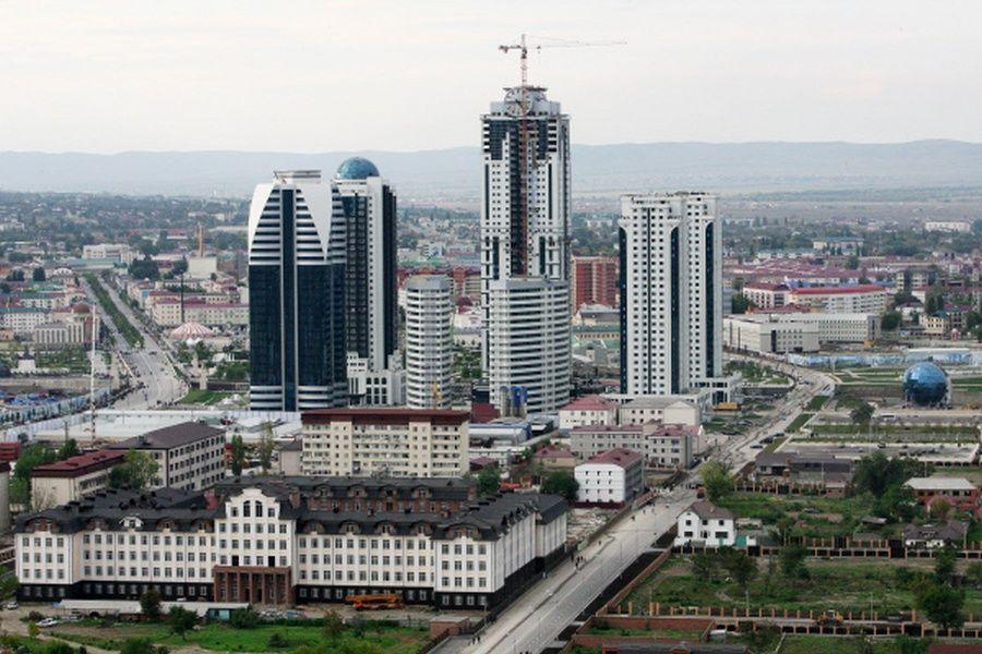 В Грозном отремонтируют 70 дворов и детских площадок многоквартирных домов
