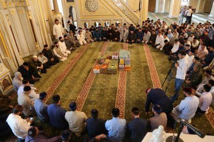 В Грозном прошли религиозные обряды по случаю дня рождения Ахмата-Хаджи Кадырова